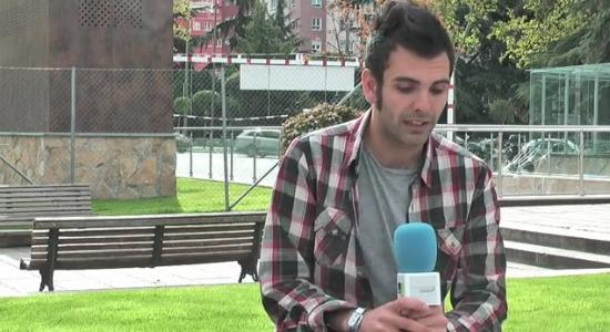 hugo-entrevistaa