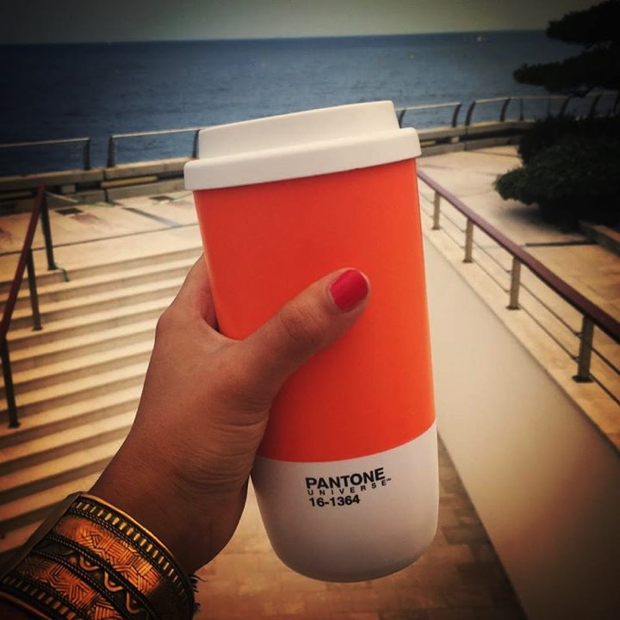 pantone-cafe07